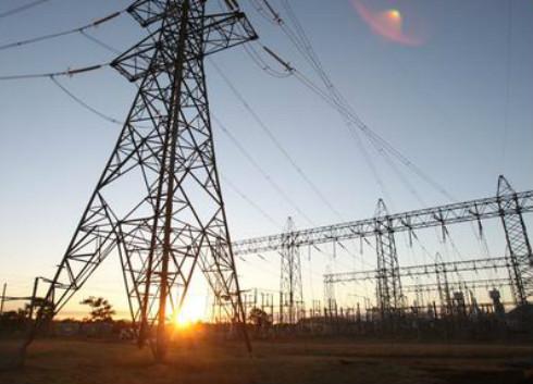 湖南双峰供电公司开展电阻测量工作 助电网健康运行