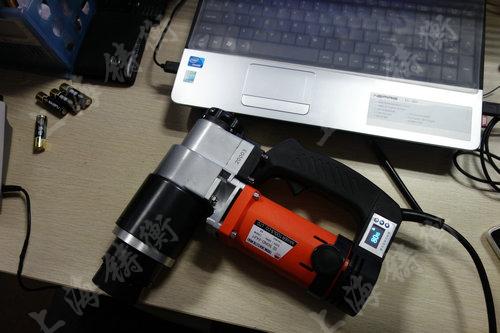 数控电动力矩扳手图片